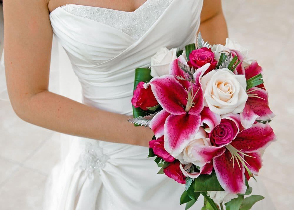 Braut mir strauß rot
