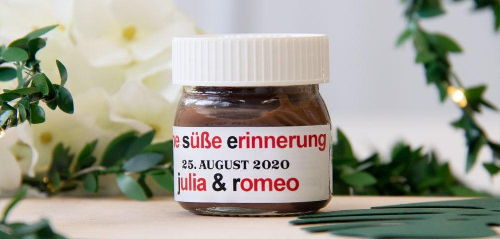 gastgeschenk-hochzeit-mini-nutella-glas-personalisiert