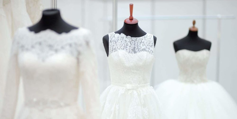 Was trage ich eigentlich unter dem Kleid? Die schönsten Dessous für ...