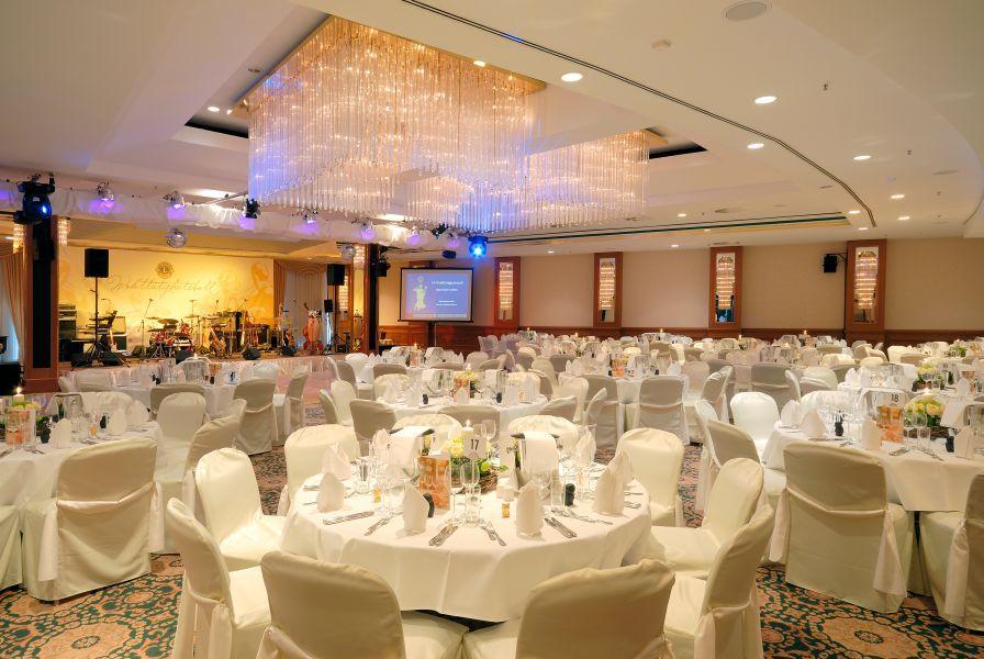 Hochzeit Im Radisson Blu Hotel Cottbus In Cottbus Hochzeiten Feiern