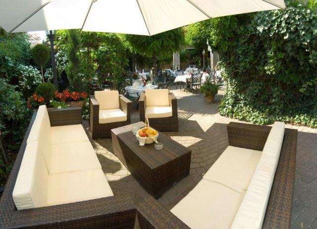 hochzeit im landhaus alte scheune in frankfurt am main. Black Bedroom Furniture Sets. Home Design Ideas