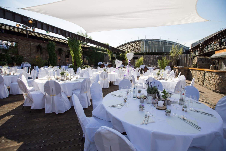 Hochzeitsfeier in der HALLE Tor 2 in Köln - Hochzeiten