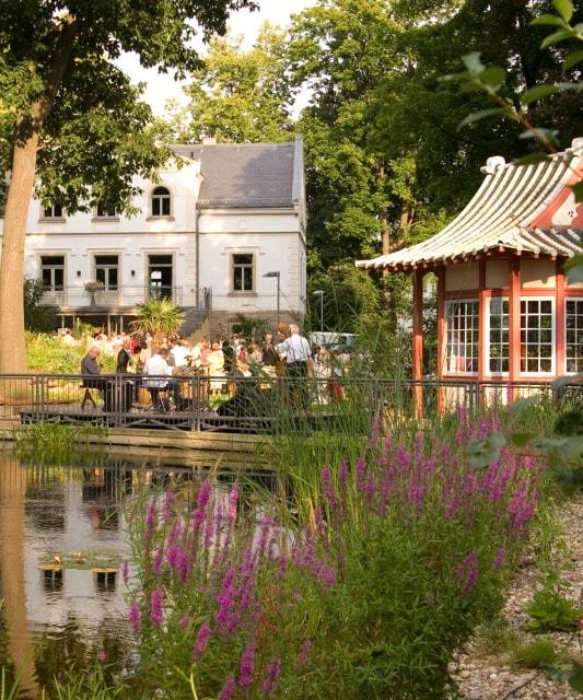 Englischer Garten Teehaus: Hochzeit In Der Villa Teresa In Coswig